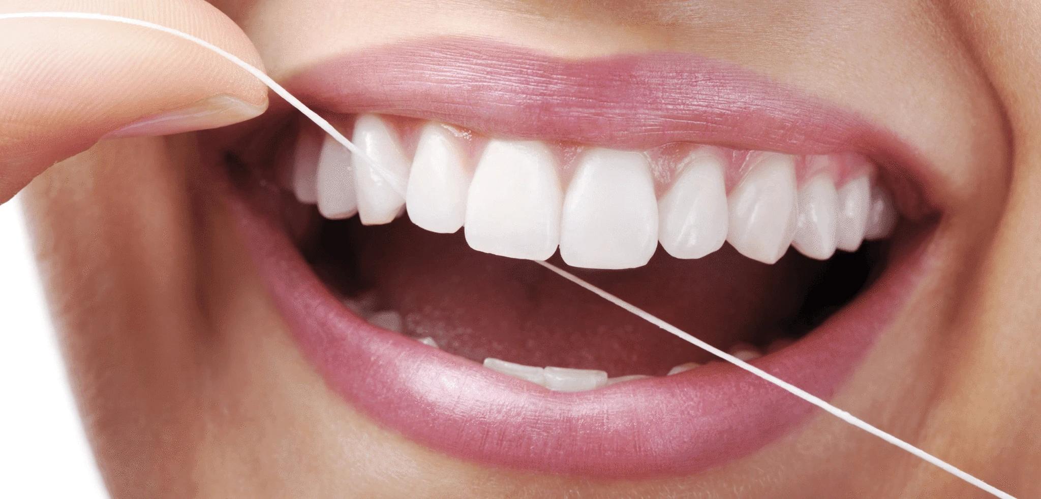 Kako pravilno upotrebljavati zubni konac